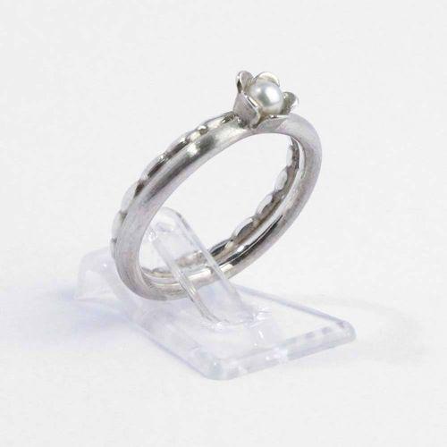 Ring 925er Silber mit kleiner Süßwasserperle