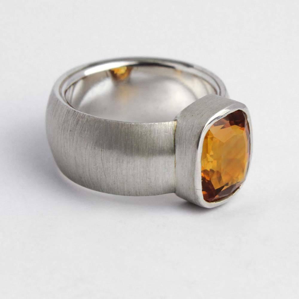 Ring 925er Silber mit orangegelben Citrin