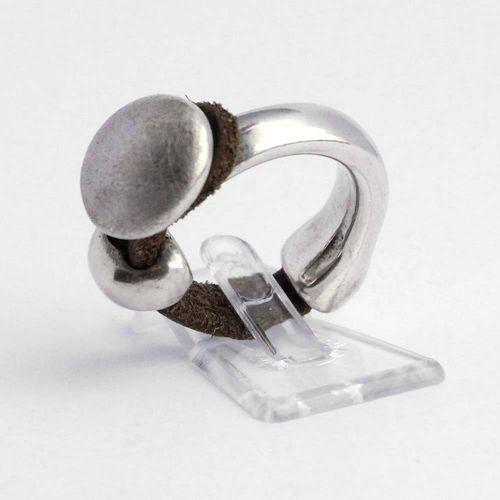 Ring 925er Silber mit Lederband